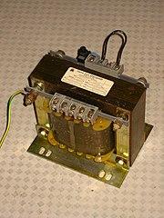Союз Арматура.  Виды трансформаторов Основные характеристики статистического электромагнитного устройства.