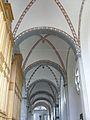 St. Kunibert Köln, Seitenschiff.JPG