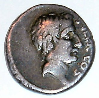 Crisis of the Roman Republic - A Roman denarius depicting Sulla