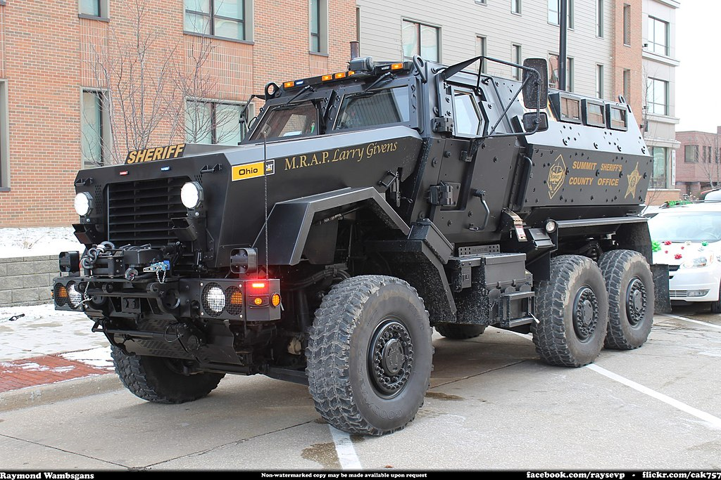 File:Summit County Sheriff SWAT MRAP - 15907796271 jpg - Wikimedia