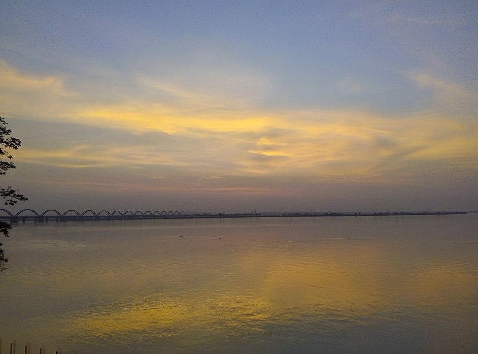 Sunset view of Godavari river from Rajahmundry