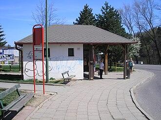 Borovina - Image: Třebíč Borovina Za rybníkem zastávka