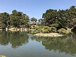 Takueichi Pond in Shukkei Garden 23.jpg