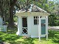 Tallahassee FL Goodwood aviary01.jpg