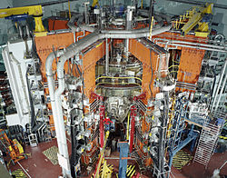 The JET magnetic fusion experiment in 1991.jpg