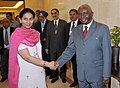 The President of Republic of Mozambique, Mr. Armando Emilio Guebuza being received by the Minister of State for External Affairs, Smt. Preneet Kaur, in New Delhi on September 29, 2010.jpg