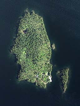 Three Mile Island May 2015.jpg