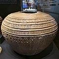 Tinaja de cerámica a torno, Museo de Málaga.jpg