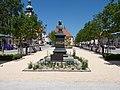 Tirschenreuth 2009 - Schmeller-Denkmal am ob. Marktplatz - panoramio.jpg