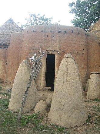 Tammari people - Image: Togo Taberma house 08