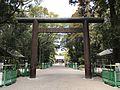 Torii on sando of Miyazaki Shrine.jpg