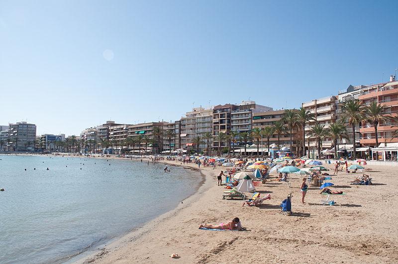 Beaches In Alicante: 6 Family-Friendly Spots to Go