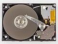 Toshiba MK1403MAV - platter and head-93242.jpg