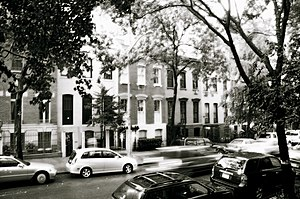 Turtle Bay, Manhattan - Traditional townhouses in Turtle Bay