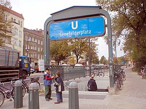 Senefelderplatz (Berlin U-Bahn) - South entrance, Senefelderplatz U-Bahn station