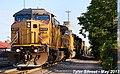 UP 6557 Leads EB Intermodal Olathe, KS 5-13-17 (34043726793).jpg