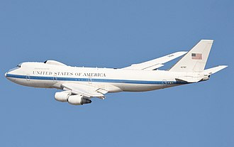 Boeing E-4 - E-4B in flight