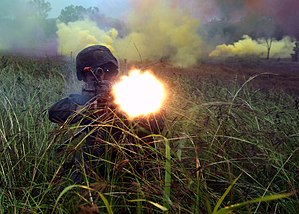 US Navy 070626-N-4965F-018 An Australian army Soldier fires his weapon during a training exercise in support of Exercise Talisman Saber 2007 (TS07).jpg