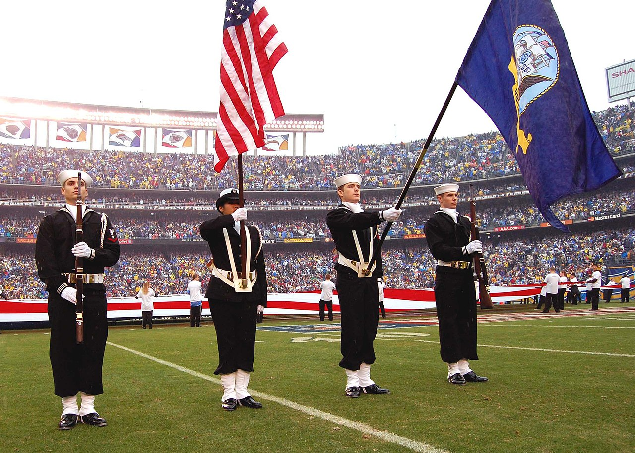 File Us Navy 080106 N 0515w 140 The Color Guard Team From