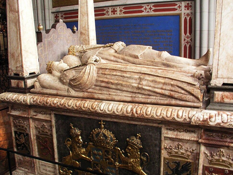 Uppsala domkyrka tomb Gustav Vasa01