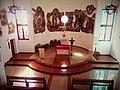 Uralsk – Parafia Najświętszej Matki Bożej Nieustannej Pomocy prezbiterium.jpg