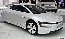VW XL1 white at Hannover Messe (8714503380).jpg