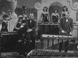 קובץ:Vibraphone Orchestra, early 1940s.ogv