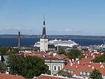 Viking Star and Costa Luminosa in Port of Tallinn 4 June 2015.JPG