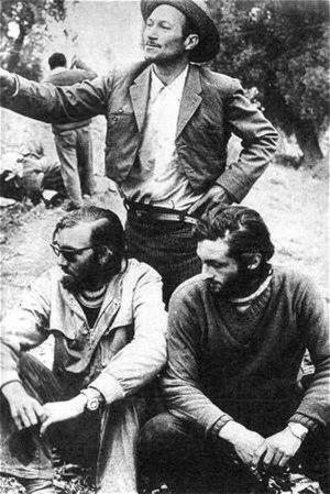 Uruguayan Air Force Flight 571 - Nando Parrado and Roberto Canessa (sitting) with Chilean arriero Sergio Catalán