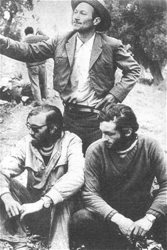 Roberto Canessa - Parrado (left) and Canessa with Chilean Huaso Sergio Catalan.