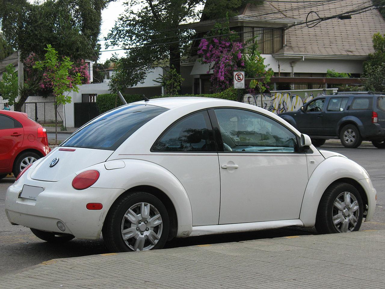 file volkswagen new beetle 2 0 2000 16501910677 jpg wikimedia commons. Black Bedroom Furniture Sets. Home Design Ideas