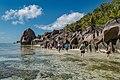 Wanderung auf den Seychellen (38720673155).jpg