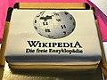 Wikipedia Torte beim Editierworkshop Stuttgart.jpg