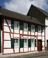 Witterschlick Fachwerkhaus Buschhovener Str. 2 (02).png