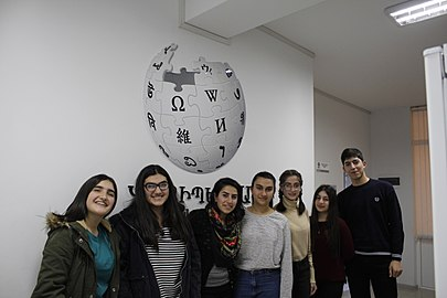 Workshops at Wikimedia Armenia, 24 Nov 2017 02.jpg