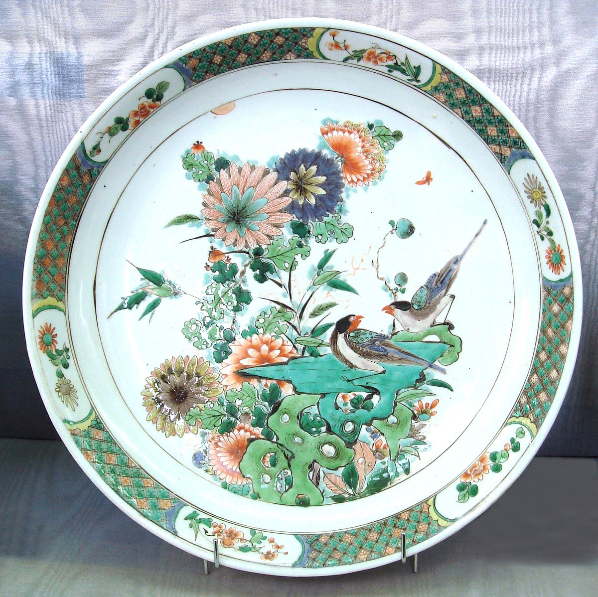 China painting wikipedia for Ceramic based paint