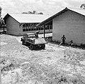 Zandauto bij Paramaribo, Bestanddeelnr 252-2228.jpg