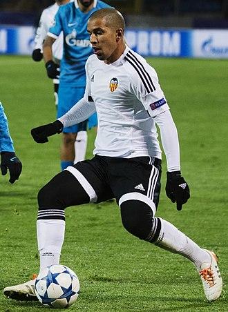 Sofiane Feghouli - Feghouli playing for Valencia CF in 2015