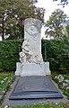 Zentralfriedhof Wien - Grabmal Victor Tilgner.jpg