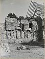 Zicht op deel zuidgevel hervormde kerk tijdens wederopbouw - Angerlo - 20319388 - RCE.jpg