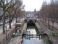 Écluses de la Villette depuis l'écluse de la Villette, 2008-12-06 02.jpg