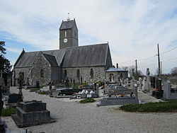 Église Saint-Laurent du Mesnil-Rogues (4).JPG