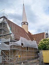 Église Saint-Pierre de Lavaré en cours de restauration.JPG