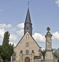 Église de la Trinité, monument aux morts, Roullée.jpg