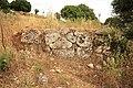 Ερείπια από το τείχος της αρχαίας Μεδεώνας. - panoramio.jpg