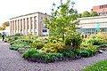 Ботанический сад. Цветники во внутреннем саду.jpg