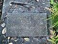 Могильный камень Гусева. Надпись в ужасном состоянии.jpg