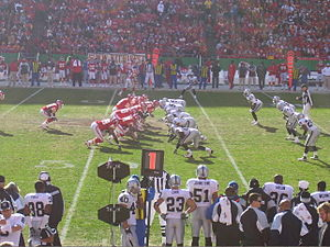 Chiefs–Raiders rivalry - The Chiefs-Raiders game in 2006 at Kansas City
