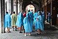 0 Venise, touristes sous les arcades de la Fabbriche Vecchie (1).JPG
