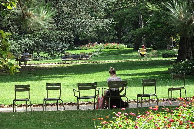File 130805 jardin du wikimedia commons for Fermob jardin du luxembourg